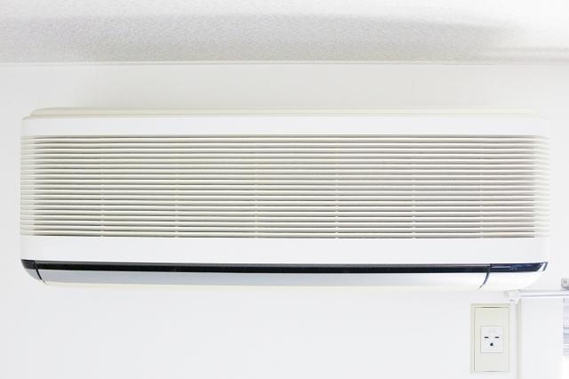 知っておくと安心!アパートのエアコン取り付け・修理の前に確認したい4つのことと注意点