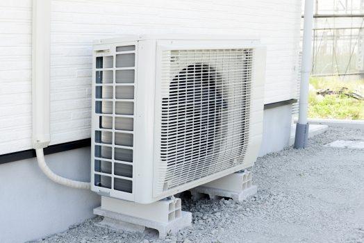 エアコンの室外機カバーをするなら正しい判断知識をつけることが重要