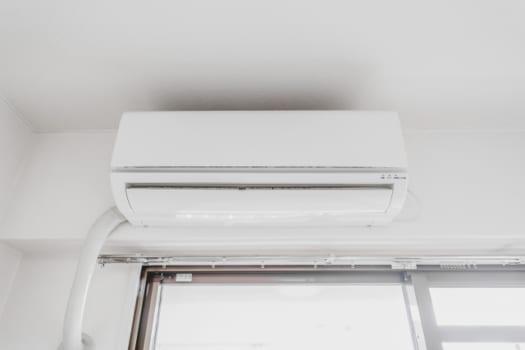 エアコン取り付け工事の費用相場と依頼先・取り外しは追加料金が必要